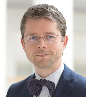 Prof. Dr. Marc Dewey